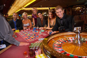 Why Play Roulette Online